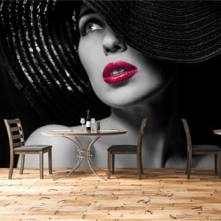 Gizemli Şapkalı Kadın Duvar Kağıdı