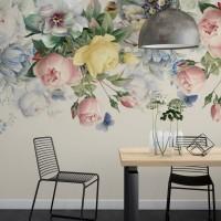 Tavandan Sarkan Çiçekler Duvar Kağıdı