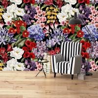Siyah Fon Üzerinde Rengarenk Çiçekler