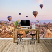 Kapadokya'da Uçan Renkli Hava Balonları